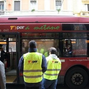 Bologna, c'è l'accordo: sabato niente sciopero dei bus