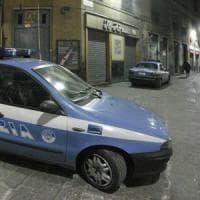 Usava siringhe per rapinare i negozi: la polizia arresta un 48enne a Bologna
