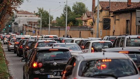 """Allarme smog, domenica 5 febbraio """"ecologica"""" a Bologna: tutto quello che c'è da sapere"""