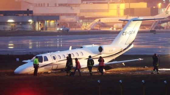 Jet Privato Olbia : Jet privato fuori pista chiuso marconi