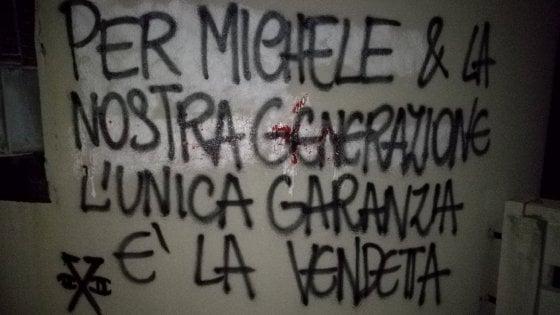 """Vendetta per Michele"": trentenne suicida a Udine, scritta su torre Legacoop a Bologna"
