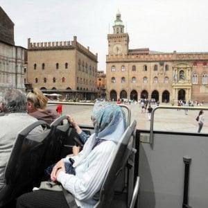 Bologna, boom di turisti: 2,4 milioni nel 2016