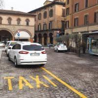 """""""A Bologna i tassisti vogliono alzare le tariffe del 12%"""""""