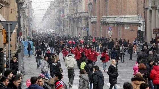 """Bologna, suggestione """"I–Days"""": pedoni nel fine settimana solo in via Indipendenza"""