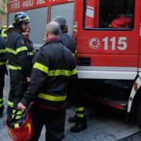 Esplosione fa crollare casa nel Bolognese: tre feriti