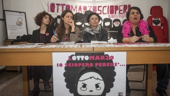 Niente ufficio, spesa, pulizie in casa: l'8 marzo a Bologna è sciopero delle donne