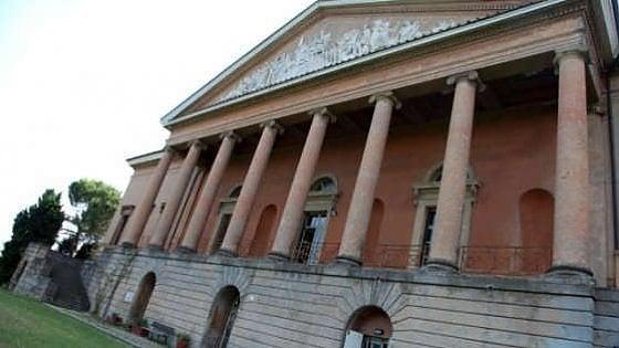Bologna, dalle ville storiche grattacapi per i comuni