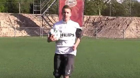 Calcio, il giovane giocatore del Psv che di nome fa Baggio Roberto