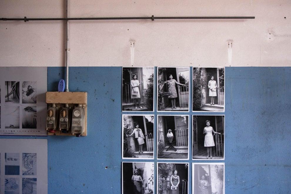 Ex caserme e vecchie botteghe: Ferrara, la fotografia nei luoghi abbandonati
