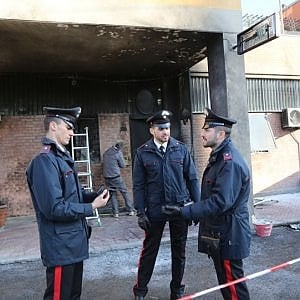 Bologna, ordigno contro i Carabinieri: accuse più lievi all'anarchico francese