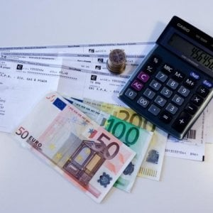 Emiliano romagnoli tra i più indebitati d'Italia: 40mila euro a testa