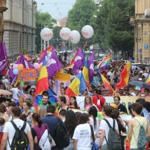 Bologna, il primo telefono per le lesbiche vittime di violenze