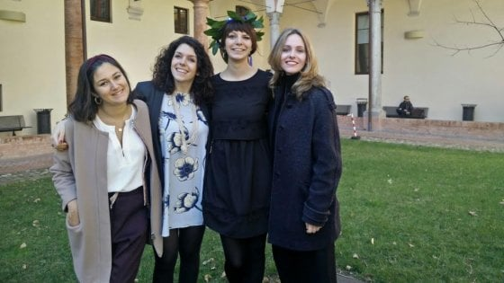 Un anno fa la tragedia Erasmus: Laura Ferrari si è laureata con 110 e lode a Modena