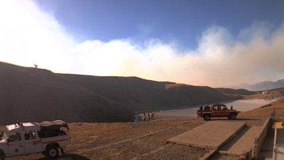 Lanterna cinese incendiò 160 ettari di bosco in Appennino: coppia nei guai