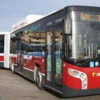 Bologna, furiosa lite sul bus tra autista e passeggera: sequestrata una