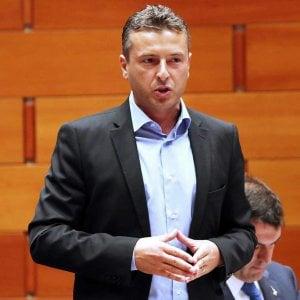 """Bologna, condannato ex candidato sindaco: """"Mi dimetto da consigliere"""""""