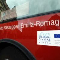 Furgoncino contro bus a Borgo Panigale: sette passeggeri feriti