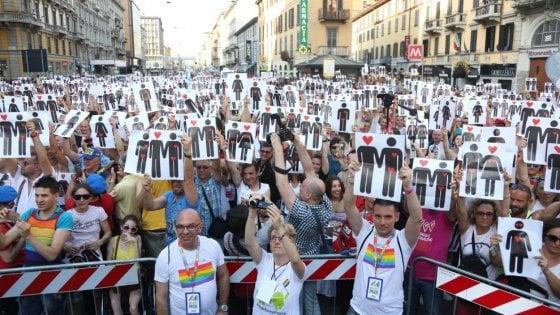 Un condominio per gli anziani gay: da Bologna un progetto contro la solitudine