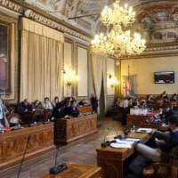 Bologna, consigliera Pd raccoglie in Comune firme contro l'utero in affitto