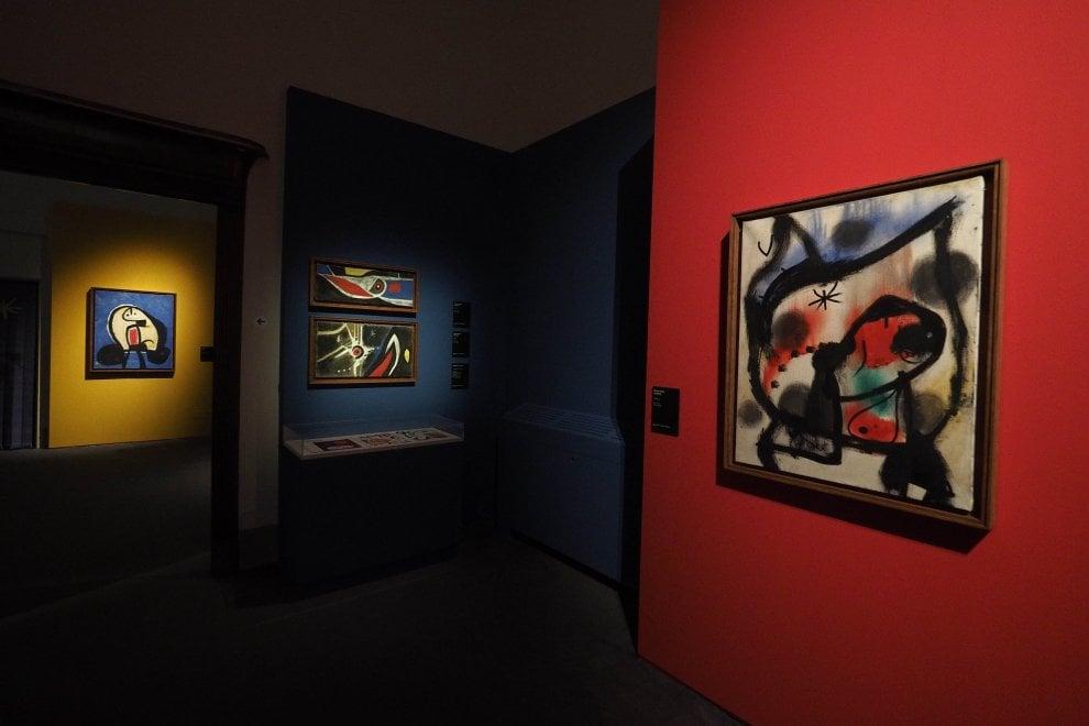 MiRò! Sogno e colore a Palazzo Albergati - art experience con vitruvio bologna
