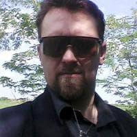 Norbert-Igor in fuga è ferito: al setaccio le farmacie, nei covi bende per curarsi