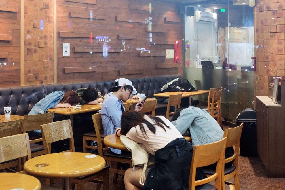"""""""Made in Korea"""", indagine sociologica su un paese esasperato dalla perfezione"""