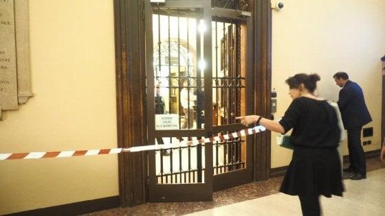 Ateneo di Bologna, sospesi cinque studenti dei collettivi