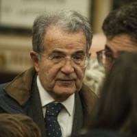 """Le primarie di Prodi: """"Tanta gente al voto per risvegliare il Pd"""""""