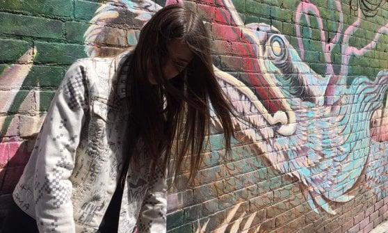 Chitarra e drum machine: Emanuela Drei suona da sola nella Giungla