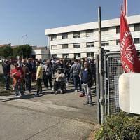 Ex Bredamenarini, la denuncia dei sindacati: la proprietà vuol chiudere