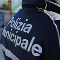 Inseguimento nel Bolognese: vigile investito e spari
