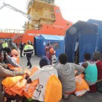 Reggio Emilia, fiaccolata contro nuovi arrivi di profughi