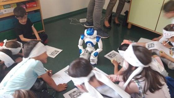 """Compagni, maestre e un robot in ospedale: """"Ci riprendiamo Nichi"""""""