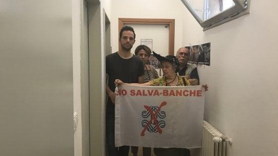 Ateneo Bologna: protesta dei collettivi contro Marattin, consigliere economico di Renzi