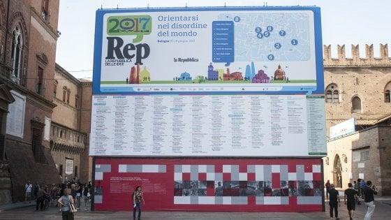 Bologna, è il giorno del Festival di Repubblica: parole, musica, immagini e spettacoli