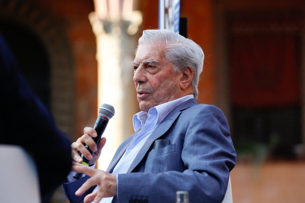 Il premier Gentiloni, Vargas Llosa, Zoro: la terza giornata di Repubblica delle Idee
