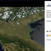 L'Emilia-Romagna senza nemmeno una nuvola: la foto dal satellite