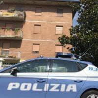 Modena, uccide a coltellate il compagno