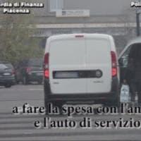 Furbetti del cartellino a Piacenza: col furgone del Comune andava a prostitute