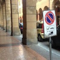 Bologna, il Comune sperimenta il lavaggio strade senza rimozione delle auto