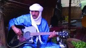 Gli appuntamenti di  martedì 25   Peter Erskine al Cubo e il blues dei tuareg