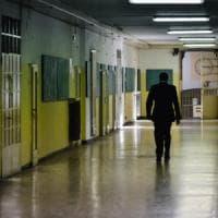 Reggio Emilia, detenuto s'impicca in cella a 28 anni