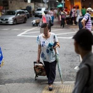 """Bologna, il centrodestra dona cibo ai poveri. """"Ma solo se sono italiani"""""""