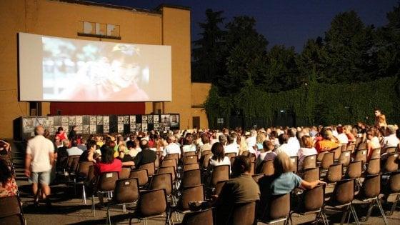 Bologna, boom di spettatori all'arena Puccini