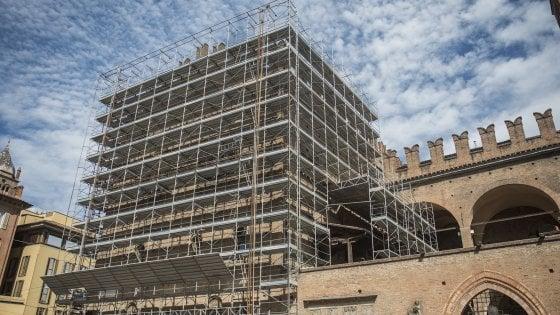 Bologna, palazzo Re Enzo si rifà il look: via al restauro