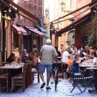 Non chiamatelo deserto: cartoline da Bologna a Ferragosto