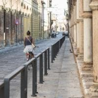 Bologna, Riccomini boccia le barriere illuminate di Strada Maggiore