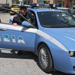 Rimini, donna incinta rapinata, picchiata e insultata perché nera