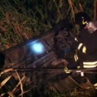 Volo di 40 metri nel burrone: Valtrebbia, salvato prima che l'auto cadesse