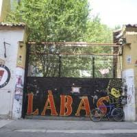 Bologna, dopo gli sgomberi il nulla: 15 spazi abbandonati, i cantieri non